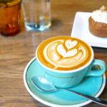 """【神楽坂】赤城神社参拝ついでに""""フラットホワイト""""でホッと一息『Mojo Coffee』"""
