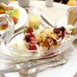 【日本橋】ガラスの白鳥が素敵!老舗デパートの可憐なスイーツ「カフェ ウィーン」